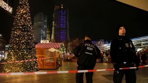 برلين: مقتل وجرح العشرات في هجوم بشاحنة