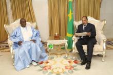 ولد عبد العزيز:  يستقبل مبعوثا من نظيره السنغالي (تفاصيل)