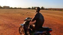 مالي: مسلحون ينهبون متجرا ويقتلون صيادا قرب نيورو (تفاصيل)